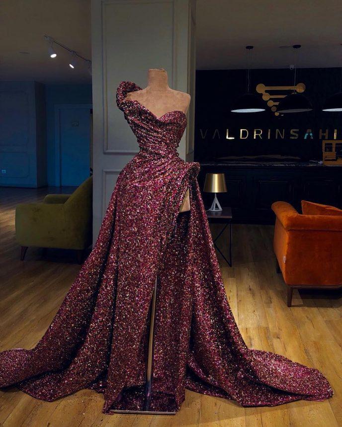 электросамокат самое блестящее платье в мире фото сортов дерева произошло